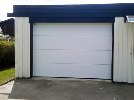 Garageport-slätpanel slätyta vit