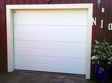 Garageport vit Mullsjö