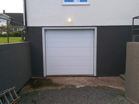Garageport Vit-stor-bredpanel
